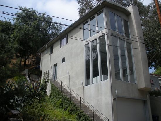 6920 Treasure Trl, Los Angeles, CA 90068