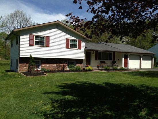 8241 Kirtland Chardon Rd, Kirtland, OH 44094