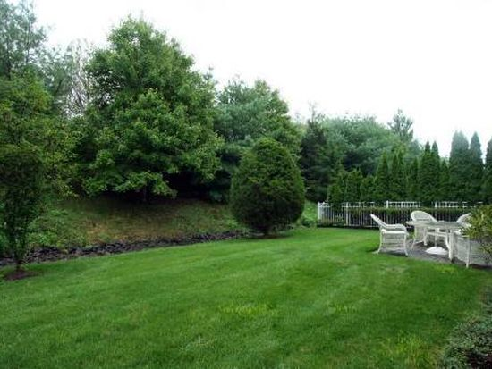 176 Sagamore Dr, Plainview, NY 11803