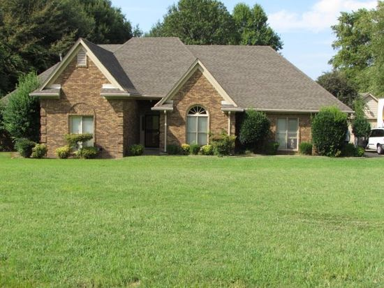 8896 Hillman Way Dr, Memphis, TN 38133