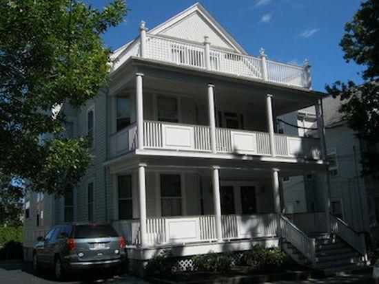 82 Larch St, Providence, RI 02906