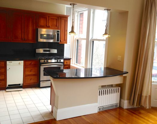 261 Beacon St APT 31, Boston, MA 02116