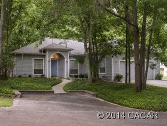 602 NW 39th Dr, Gainesville, FL 32607