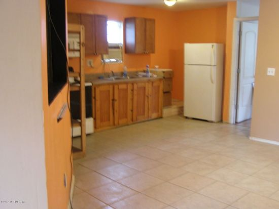 3585 Dyess Rd, Middleburg, FL 32068