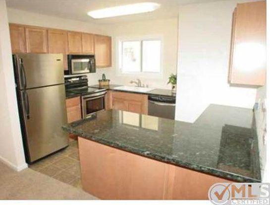 2561 White Oak Pl APT 7, Escondido, CA 92027