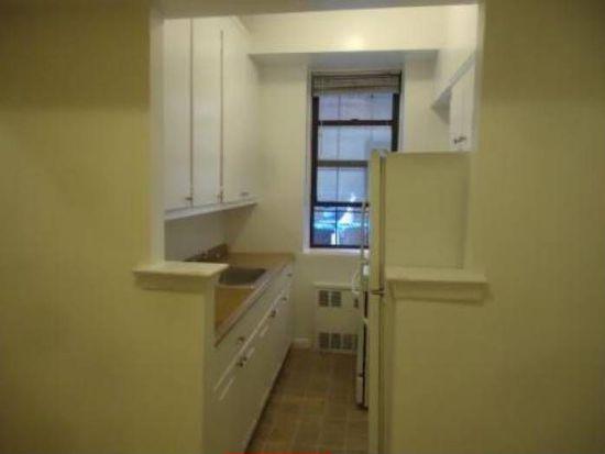 2866 Marion Ave APT L6, Bronx, NY 10458