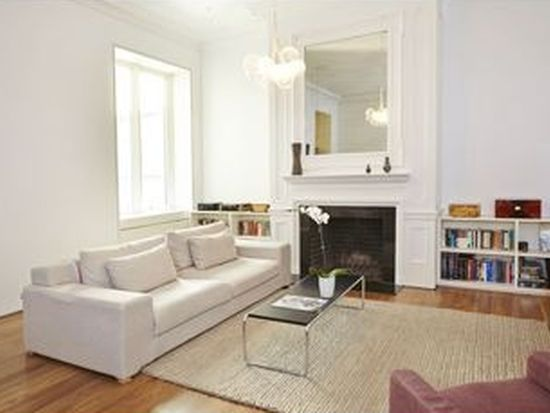 26 W 74th St APT 1A, New York, NY 10023