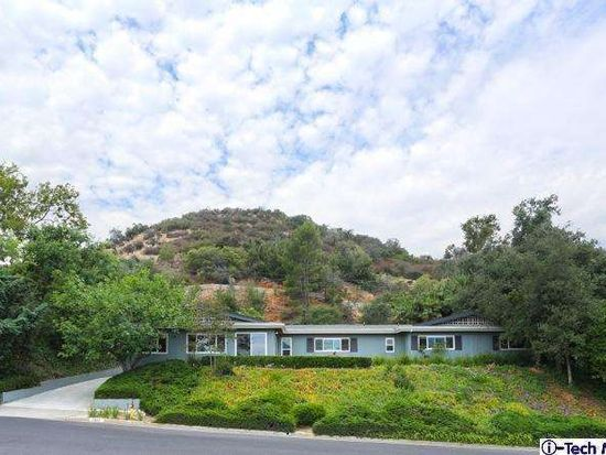 3943 Robin Hill Rd, La Canada Flintridge, CA 91011