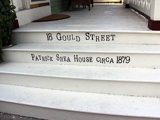 18 Gould St, Newport, RI 02840