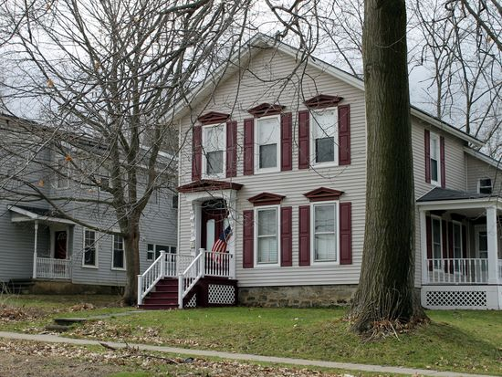 74 Clinton St, Whitesboro, NY 13492