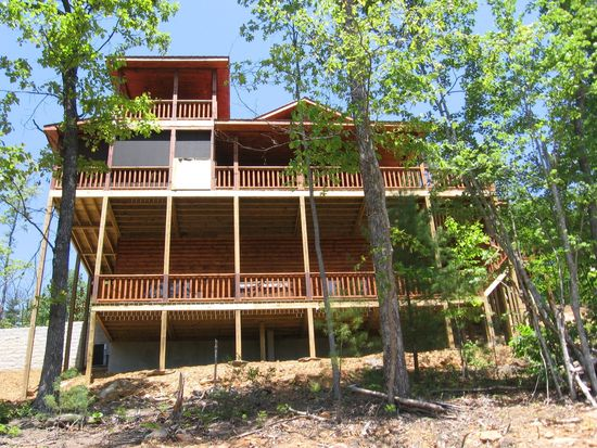 450 Geronimo Rd, Blue Ridge, GA 30513