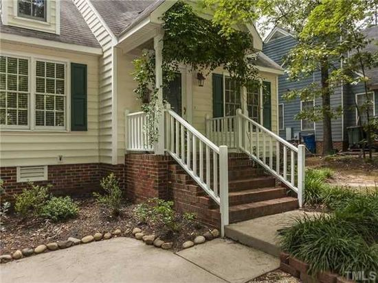 4960 Harbour Towne Dr, Raleigh, NC 27604