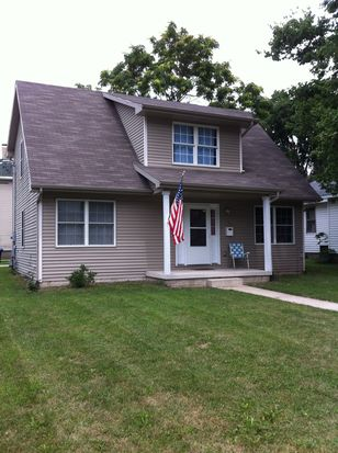 915 W Monroe St, Bloomington, IL 61701