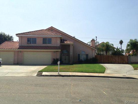 2860 Fuchsia Pl, Riverside, CA 92503