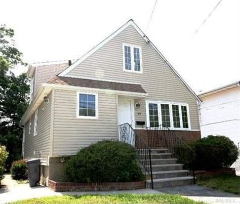 79 Firwood Rd, Port Washington, NY 11050