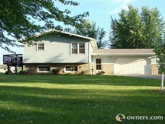 W227 County Road D, Berlin, WI 54923