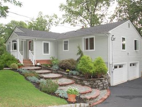 148 Johnston Dr Ext, North Plainfield, NJ 07060
