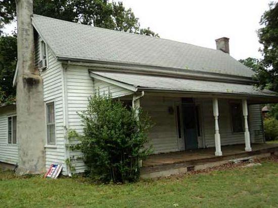 6425 Putnam Ford Dr, Woodstock, GA 30189