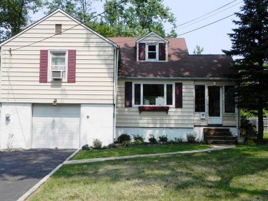 108 Beechwood Rd, Florham Park, NJ 07932
