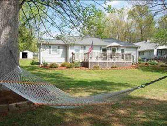 1110 Calhoun Rd E, Greenwood, SC 29646