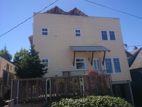 305 NW 55th St, Seattle, WA 98107