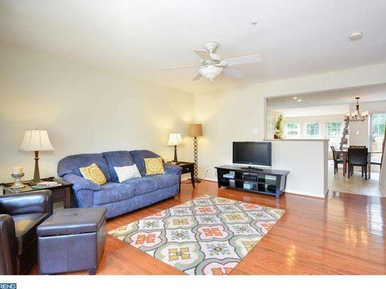 584 Coach Hill Ct, West Chester, PA 19380