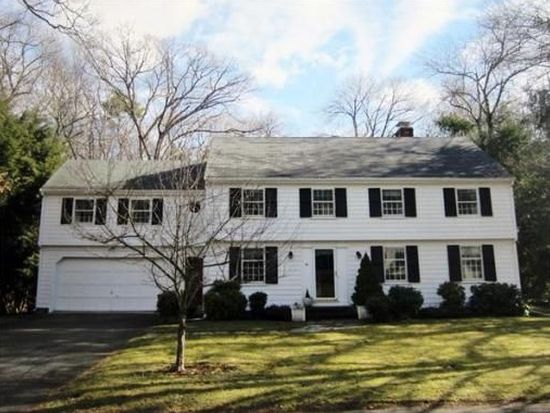 44 Radcliffe Rd, Wellesley, MA 02482
