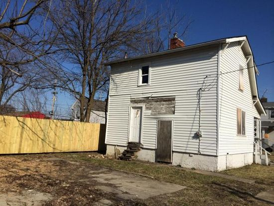 1067 Wager St, Columbus, OH 43206