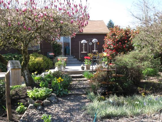 2911 NW Hayes Ave, Corvallis, OR 97330