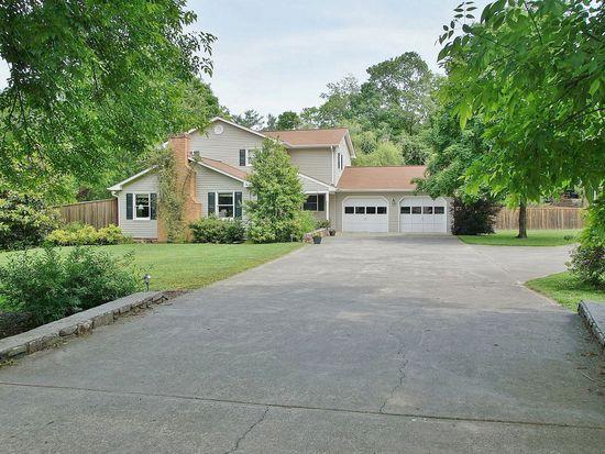 3742 Chesterton St SW, Roanoke, VA 24018