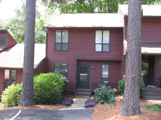 4126 The Oaks Dr, Raleigh, NC 27606