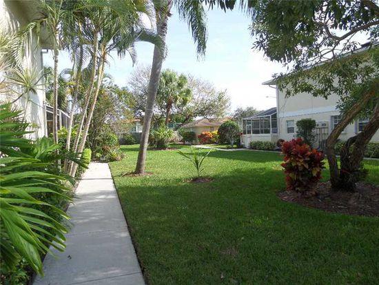 1512 N Lawnwood Cir, Fort Pierce, FL 34950