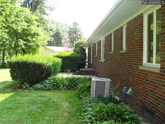 5765 Nolley Rd, New Franklin, OH 44319