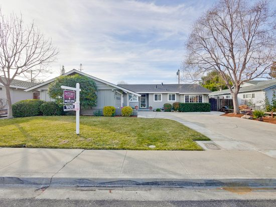 2447 Villa Nueva Way, Mountain View, CA 94040