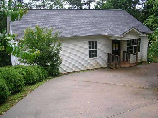 607 Teakwood Dr, Gainesville, GA 30501