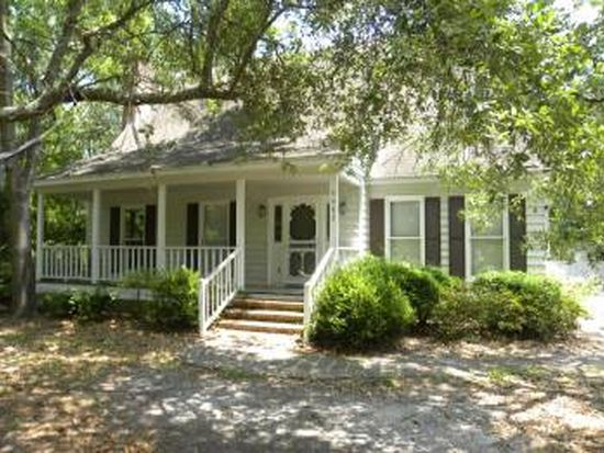 5482 Eastwind Rd, Wilmington, NC 28403