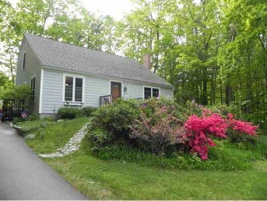 25 Great Hill Dr, Newmarket, NH 03857