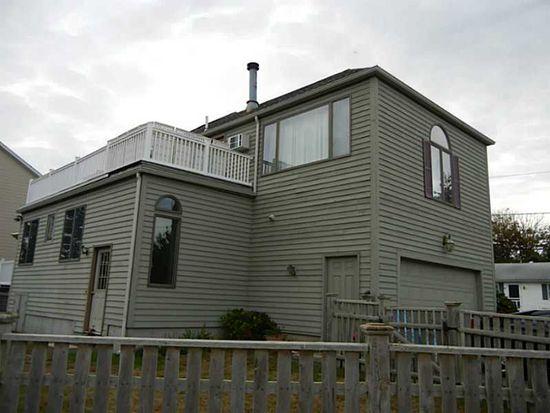 6 Cypress Ave, Narragansett, RI 02882