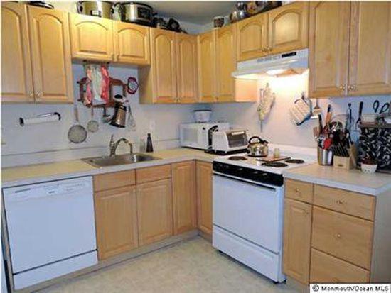 190 Wedgewood Dr, Toms River, NJ 08753