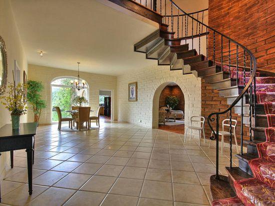 27400 Altamont Rd, Los Altos Hills, CA 94022