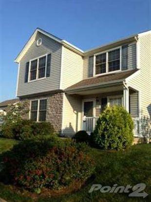 1052 Bella Dona Rd, Lexington, KY 40515