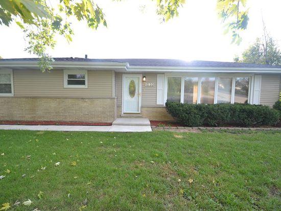 1533 S Monterey Ave, Schaumburg, IL 60193