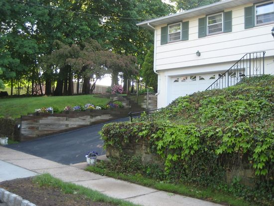 62 Arlington Ave, Caldwell, NJ 07006