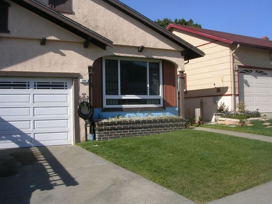 206 Golden Bay Dr, Pacifica, CA 94044