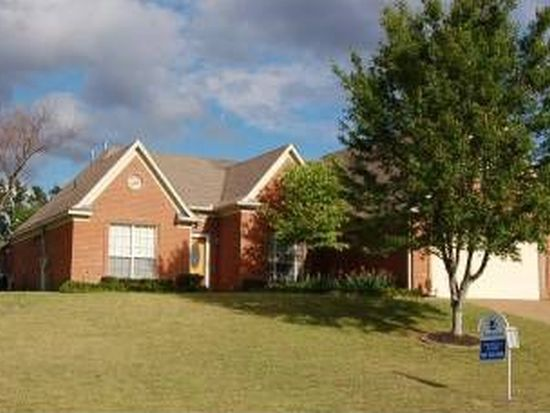 3934 Oak Forest Dr, Bartlett, TN 38135
