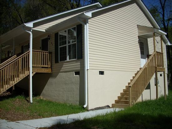 67 Johnson Rd NW, Atlanta, GA 30318