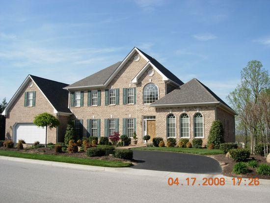 6127 Stratford Way, Roanoke, VA 24018