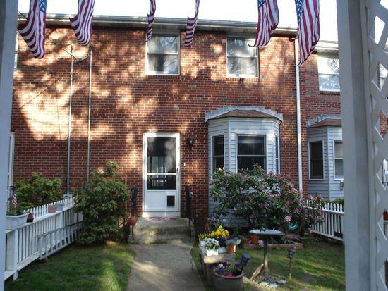 11 Seymour St, Boston, MA 02131