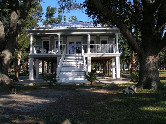 2532 Beach Blvd, Biloxi, MS 39531