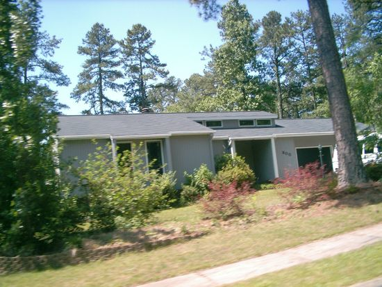 300 Ashebrook Dr, Raleigh, NC 27609